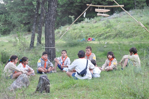 Scouts in a circle