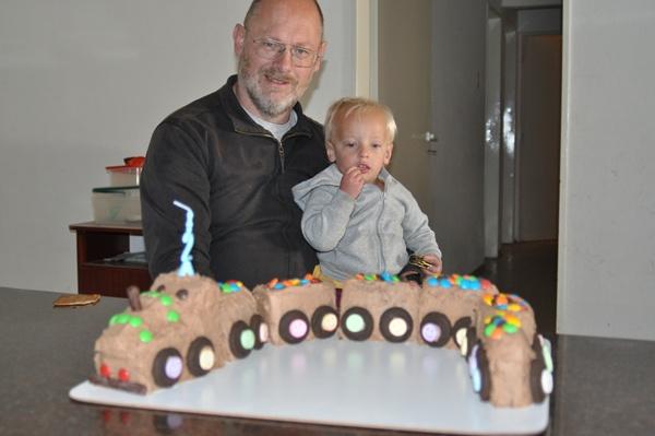 Joni and Martin with cake