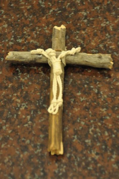 wood and macramé crucifix